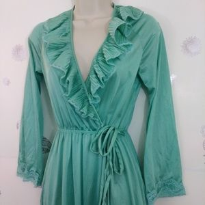 Vintage XS Mint Colored Long Ruffled Robe Long